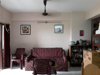 Gallery Cover Image of 1120 Sq.ft 2 BHK Apartment for rent in Tollygunge for 30000
