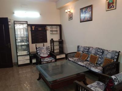 Gallery Cover Image of 1075 Sq.ft 2 BHK Apartment for rent in Express Garden, Vaibhav Khand for 20000
