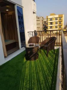Gallery Cover Image of 525 Sq.ft 1 BHK Apartment for buy in Mamdapur for 1550000