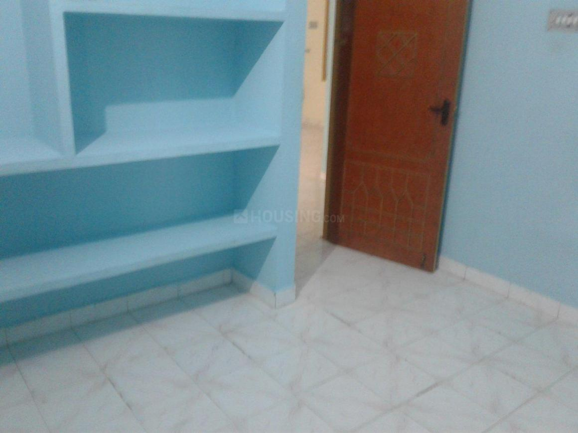 Bedroom Image of 1100 Sq.ft 2 BHK Independent House for rent in Chromepet for 14000