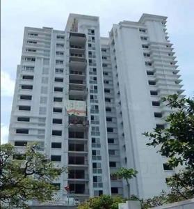 Gallery Cover Image of 1357 Sq.ft 3 BHK Apartment for buy in Luxuria Heights, Tangra for 11000000