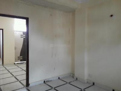 Gallery Cover Image of 650 Sq.ft 1 BHK Apartment for buy in Dayal Bagh Colony for 1500000