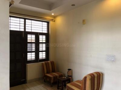 Gallery Cover Image of 800 Sq.ft 1 BHK Independent Floor for rent in Sector 51 for 22000