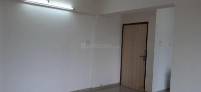 Gallery Cover Image of 750 Sq.ft 1 BHK Apartment for rent in Goregaon East for 26000