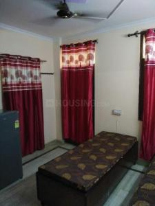 Bedroom Image of Aakarsh PG in Kalkaji