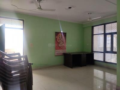 Gallery Cover Image of 1600 Sq.ft 3 BHK Apartment for rent in Surya Apartment, Sector 5 Dwarka for 30000