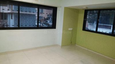 Gallery Cover Image of 750 Sq.ft 1 BHK Apartment for rent in Trishul Ganga Complex, Chembur for 26000