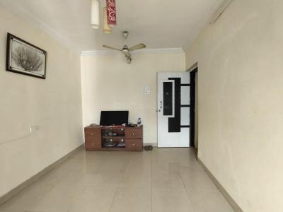Gallery Cover Image of 650 Sq.ft 1 BHK Apartment for buy in Kingston Complex, Malad West for 11000000