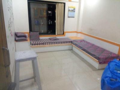 Gallery Cover Image of 650 Sq.ft 1 BHK Apartment for rent in Gultekdi for 15000