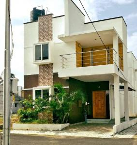 Gallery Cover Image of 1500 Sq.ft 3 BHK Independent House for buy in Anakaputhur for 5200000