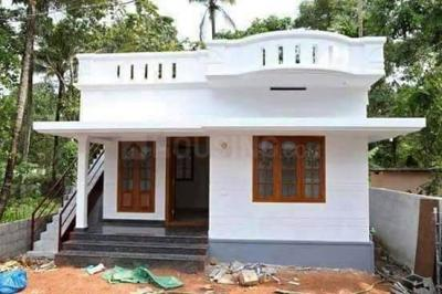 Gallery Cover Image of 740 Sq.ft 2 BHK Independent House for buy in Semmancheri for 3500000