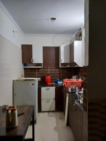 द्वारका मोर में गैलेरिया पीजी के किचन की तस्वीर
