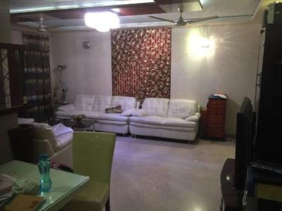 Gallery Cover Image of 1900 Sq.ft 3 BHK Apartment for rent in Satellite for 50000