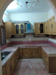 Gallery Cover Image of 1600 Sq.ft 3 BHK Independent Floor for rent in Sector 10 for 18000