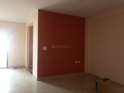 Gallery Cover Image of 1350 Sq.ft 3 BHK Apartment for rent in The Green, Kartik Nagar for 29000