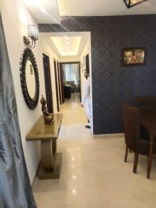 Gallery Cover Image of 2147 Sq.ft 4 BHK Apartment for buy in Espire Hamilton Heights, Sector 37 for 9800000
