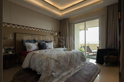 Gallery Cover Image of 2550 Sq.ft 3 BHK Apartment for buy in Lower Parel for 90000000