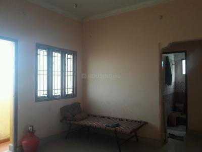 Gallery Cover Image of 835 Sq.ft 2 BHK Apartment for buy in Kolathur for 3500000