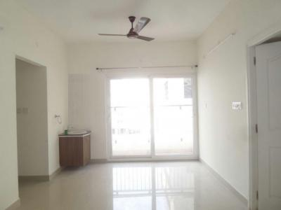 Gallery Cover Image of 920 Sq.ft 2 BHK Apartment for rent in Thandalam for 8700