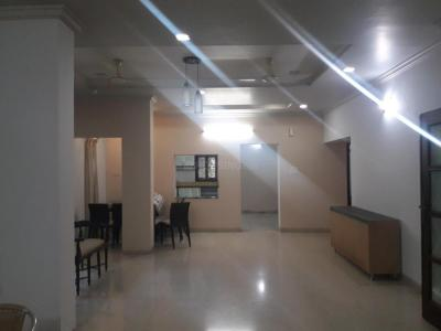 Gallery Cover Image of 3000 Sq.ft 4 BHK Apartment for rent in Adyar for 85000