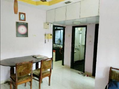 Gallery Cover Image of 650 Sq.ft 2 BHK Apartment for rent in Kandivali East for 28000