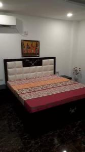 Gallery Cover Image of 1222 Sq.ft 2 BHK Apartment for rent in Sector 19 for 25000