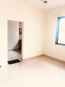 Gallery Cover Image of 700 Sq.ft 1 BHK Apartment for rent in Santacruz West for 60000