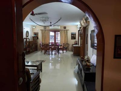 Gallery Cover Image of 2500 Sq.ft 3 BHK Apartment for buy in T Nagar for 30000000