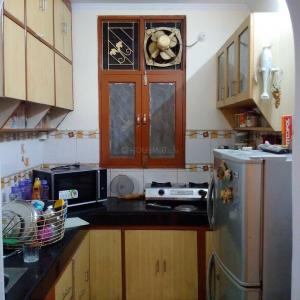 Gallery Cover Image of 1000 Sq.ft 2 BHK Apartment for rent in Vaibhav Khand for 17000