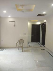 Gallery Cover Image of 2000 Sq.ft 3 BHK Apartment for rent in Sector 6 Dwarka for 34000