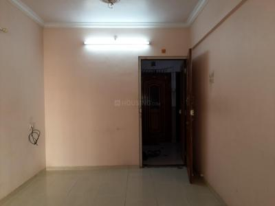Gallery Cover Image of 475 Sq.ft 1 BHK Apartment for rent in Kandivali West for 18000