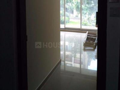 Gallery Cover Image of 400 Sq.ft 1 BHK Apartment for rent in Kandivali East for 17500