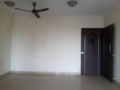 Gallery Cover Image of 980 Sq.ft 2 BHK Apartment for rent in Ekta Ekta Meadows, Borivali East for 35000