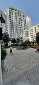 Gallery Cover Image of 600 Sq.ft 1 BHK Apartment for rent in Godrej The Trees, Vikhroli East for 37000