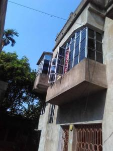 Gallery Cover Image of 1000 Sq.ft 3 BHK Independent House for rent in Barendrapara for 8500