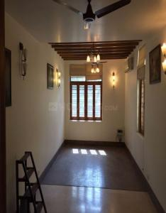 Gallery Cover Image of 900 Sq.ft 2 BHK Apartment for rent in Chhattarpur for 17000