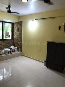 Gallery Cover Image of 900 Sq.ft 2 BHK Apartment for rent in Kandivali East for 33000