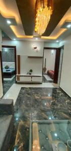 Gallery Cover Image of 1000 Sq.ft 3 BHK Independent Floor for buy in Uttam Nagar for 5100000