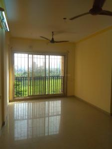 Gallery Cover Image of 701 Sq.ft 1 BHK Apartment for rent in Malad West for 27000