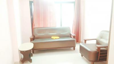 Gallery Cover Image of 595 Sq.ft 1 BHK Apartment for rent in Borivali West for 20000