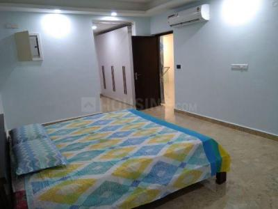 Gallery Cover Image of 965 Sq.ft 2 BHK Apartment for buy in Tellapur for 7456824