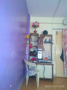 Gallery Cover Image of 250 Sq.ft 1 BHK Apartment for buy in Malad West for 2400000