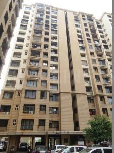 Gallery Cover Image of 700 Sq.ft 1 BHK Apartment for rent in Malad West for 34000