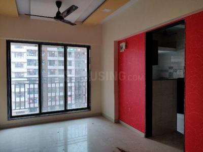 Gallery Cover Image of 650 Sq.ft 1 BHK Apartment for rent in Crystal Empire, Nalasopara East for 8500