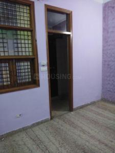 Gallery Cover Image of 360 Sq.ft 1 RK Independent Floor for rent in Hari Nagar for 6500