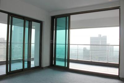 Gallery Cover Image of 1350 Sq.ft 3 BHK Apartment for buy in Vraj Tiara, Worli for 65000000
