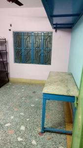 Gallery Cover Image of 540 Sq.ft 2 BHK Apartment for rent in South Dum Dum for 10000