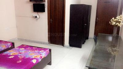Bedroom Image of PG 4194358 Dlf Phase 2 in DLF Phase 2