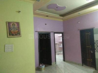 Gallery Cover Image of 1350 Sq.ft 3 BHK Apartment for rent in Ramkrishan Nagar for 10000