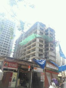 Gallery Cover Image of 750 Sq.ft 2 BHK Apartment for buy in Kandivali West for 10300000